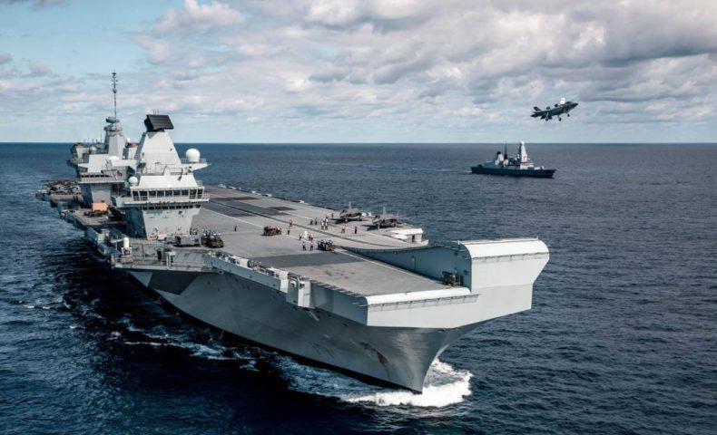 英国、海軍にはクイーン・エリザベス級空母を2隻運用するだけの能力がない